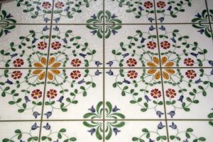 Floor Maintenance Tips for Hardwood vs. Tile Floors